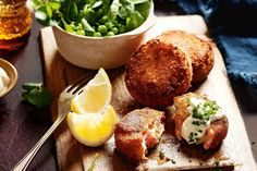 These smoked trout fish cakes can be presented as part of a starter platter or…