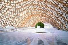 Shigeru Ban Wins the Pritzker Prize, Architecture's Highest Honor -Frame intentionally provide openings for sunlight to irradiate the open space.