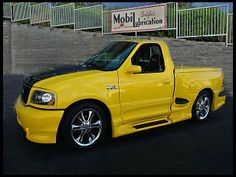 Svt Lightning, Ride The Lightning, Ford Pickup Trucks, Chevy Trucks, Custom Trucks, Custom Cars, Shelby F150, Ford Lighting, Ford Svt