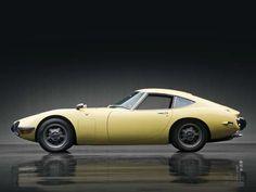 1967-Toyota-2000GT-04