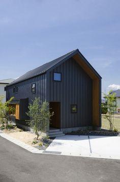 三角屋根の珈琲ラボ|コラボハウス一級建築士事務所