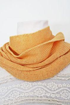 Kevyt ja pehmeä okrankeltainen neulehuivi villasilkkiä. Pehmeä materiaali miellyttää myös ihoa. Fashion, Moda, Fashion Styles, Fashion Illustrations