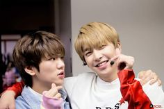 [Facebook] Behind The Scene of The Show BOF - UP10TION Hwanhee & Xiao #UP10TION #업텐션 #Xiao #Hwanhee #환희