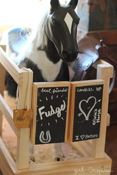 American Girl Horse Stable Knockoff (Tutorial) - girl. Inspired., this is cute...Jen, all we need is a to add a little roof...