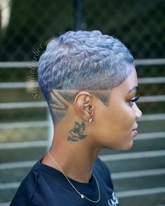 What to Wear With a Pixie Cut – Women Fashion Tips – Hairdo Chicks Natural Hair Short Cuts, Tapered Natural Hair, Short Sassy Hair, Short Hair Cuts, Natural Hair Styles, Undercut Natural Hair, Thick Hair, Shaved Hair Designs, Pelo Afro
