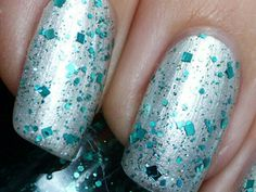 #emerald #sparkles #nails