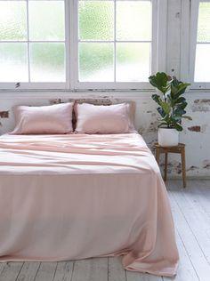 Ettitude Organic Bamboo Lyocell Daydream Sheet Set - Cloud Pink