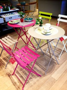 Love the colourful bistro tables