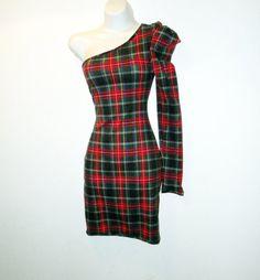 Single sleeved plaid dress