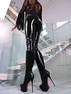 high heels – High Heels Daily Heels, stilettos and women's Shoes Leather High Heel Boots, Thigh High Boots Heels, Hot High Heels, Heeled Boots, Ankle Boots, Leder Boots, Style Feminin, Shiny Leggings, Sexy Boots
