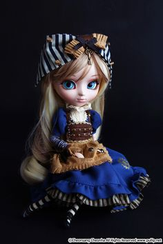 Photo by Ars Gratia Artis www.pullip.net