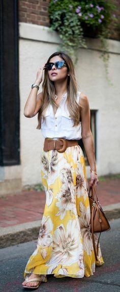 16 Beautiful Maxi Skirt Outfits for Summer: Stylish Floral Maxi Skirt Outfit Maxi Skirt Style, Maxi Skirt Outfits, Dress Skirt, Skirt Belt, Chiffon Skirt, Maxi Skirt Outfit Summer, Jean Skirt, Silk Dress, Denim Skirt