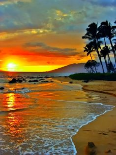 Sunset at Island of Maui, Hawaii.