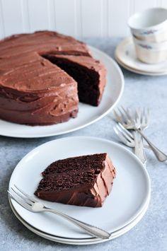Sour-Cream Chocolate Cake - the perfect cake for parties and celebrations #sourcream #chocolatecake #nigella #nigellalawson