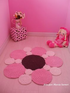 Discount Carpet Runners For Stairs Key: 2189311481 Crochet Mat, Crochet Rug Patterns, Crochet Carpet, Crochet Designs, Crochet Doilies, Crochet Flowers, Crochet Stitches, Knit Rug, Crochet Decoration