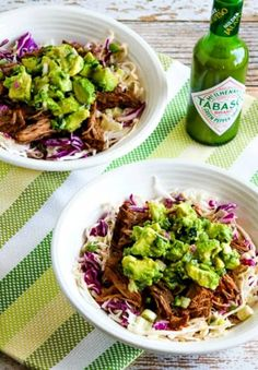 These keto Mexican recipes are the BEST for anyone on a low carb diet! All your favorite ketogenic Mexican food recipes - Keto nachos, healthy tacos, casseroles for easy dinners, LCHF enchiladas more! Which low carb Mexican recipe will you try first? Healthy Tacos, Healthy Crockpot Recipes, Slow Cooker Recipes, Slow Carb Recipes, Beef Recipes, Shawarma, Churro Rezept, Dinners To Make, Easy Dinners