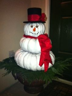 A great use for your pumpkins after Halloween Winter Holidays, Happy Holidays, Winter Christmas, Christmas Home, Winter Porch, Fake Pumpkins, Painted Pumpkins, White Pumpkins, Halloween Pumpkins
