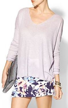 pretty lilac top  http://rstyle.me/~2KEWQ