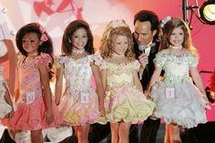 Niñas like muñecas. Roles machistas desde pequeñas, dan grima ¿verdad? #Machismo
