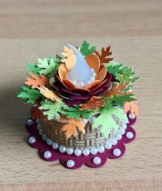 Autumn Tea Light Cake (made by Kim) Tea Light Lanterns, Tea Lights, Autumn Tea, Light Cakes, Candle Art, Explosion Box, Craft Shop, Tea Light Holder, Paper Gifts
