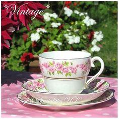 - イギリス雑貨と紅茶とハーブティーのお店 English Specialities *ヴィンテージ* アダレイ ピンクローズパターントリオ