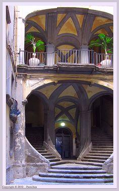 Napoli Naples : Palazzo Mastelloni #TuscanyAgriturismoGiratola