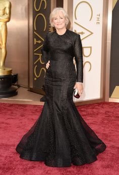 WTF? Has Glenn Close lost her mind? She looks like the black widow! No no no no no!  Oscars 2014 Red Carpet: All The Dresses At The Academy Awards (PHOTOS, VIDEOS)