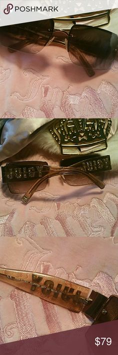 HPOffer $39 Juicy Couture sunglasses Classic & authentic Juicy Couture sunglasses. EUC.  These are absolutely stunning for spring & summer! (Sunglasses only included) Juicy Couture Accessories Sunglasses
