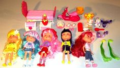 """Huge Lot of 27 Large 7"""" Strawberry Shortcake Dolls Clothes Furniture Scooter Bed"""