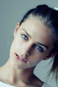 Moda, Belleza y Lencería. : Foto                                                                                                                                                                                 Más
