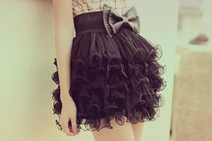 This black skirt... give it to me.  #black #skirt #bow