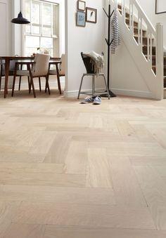 Wood Parquet, Wooden Flooring, Linoleum Flooring, Kitchen Flooring, Floors, Bubble House, Wood Floor Design, Interior Decorating, Interior Design