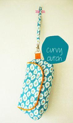 75 - Curvy clutch 01 by Khadetjes, via Flickr