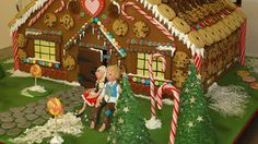 gingerbread house - including instructions & recipe to make your own :)