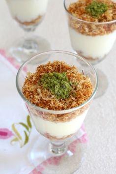 Kadayıflı pudding recipe - World Cuisine Turkish Recipes, Italian Recipes, Potato Muffins Recipe, Muffin Recipes, Breakfast Recipes, Turkish Sweets, World Recipes, Pudding Recipes, Food And Drink