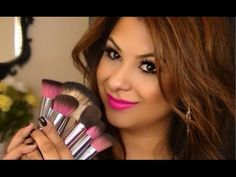 The incredible Beauty Guru ArielHopeMakeup added a brand new video with our favorite topic: Makeup Brushes! Check out her video out and see why she loves Sedona Lace Brushes! http://www.sedonalace.com/
