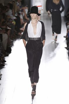 Janice Alida walking Victoria Beckham Spring '13 RTW #runway #fashion