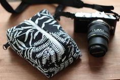 Compact Camera bag Lumix/Olympus/Canon/Nikon Padded Travel neck/shoulder/wrist case custom Colors pouch insert Zipper bag Her or Him Big Camera, Camera Case, Camera Bag Insert, Camera Bag Backpack, Interchangeable Knitting Needles, Gifts For Friends, Friend Gifts, Zipper Bags, Compact