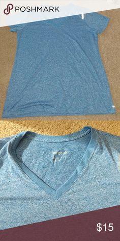 Reebok Workout Shirt Reebok fitted workout top! Heathered Blue, worn once! Reebok Tops Tees - Short Sleeve