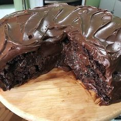Easily make cake, dessert from chocolate. Best dessert from this year. All recipes are on our website. Find best fit with your taste. Matilda Chocolate Cake, Chocolate Mug Cakes, Flourless Chocolate, Chocolate Pies, Bolo Chocolate, Healthy Meals To Cook, Healthy Desserts, Fun Desserts, Dessert Food