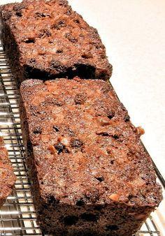 Ontbijtkoek zonder suiker maken? Gebruik dit recept! Zonder toegevoegde suikers en koolhydraatarm. Lekker in de ochtend met een beetje roomboter.