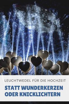 Leuchtwedel als Alternative zu Wunderkerzen oder Knicklichtern – DIY Hochzeit Illuminated fronds are the latest trend and a great alternative to sparklers or glow sticks. Particularly beautiful at the wedding dance or as a surprise for the newlyweds. Acrylic Wedding Invitations, Unique Wedding Invitations, Wedding Stationery, Romantic Wedding Vows, Diy Wedding, Glow Stick Wedding, Fleurs Diy, Glow Sticks, Engagement Ring Cuts
