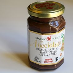 Kitchen Hack: Hazelnut Spread Hot Chocolate From the Jar