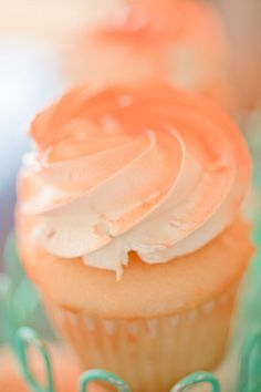 Peachy Cupcake. this color and mint green for my wedding