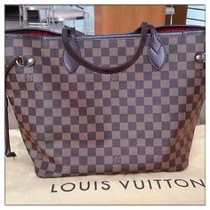 Neverfull Handbag Is Indispensible In Our Everyday Life! Are You? SHOPPING NOW!!! $232.99 #LOUIS #VUITTON #BAG #STYLE #NEVERFULL