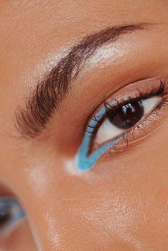 Its SummerHere Are Some Makeup Suggestions Blue Eyeliner Makeup Suggestions SummerHere Makeup Inspo, Makeup Art, Makeup Inspiration, Makeup Tips, Hair Makeup, Eyeliner Makeup, Bold Eyeliner, 50s Makeup, Eyeliner Tattoo