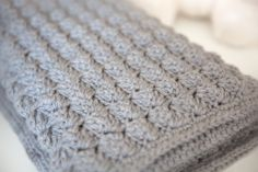[Free Pattern] Super Soft And Cozy Baby Blanket To Protect Your Baby's Delicate Skin - Knit And Crochet Daily