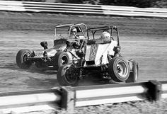 """""""Rich Vogler battles for position with Jeff Nuckles on his way to victory at Terre Haute - Sprint Car Racing, Dirt Track Racing, Vintage Race Car, Race Cars, Antique Cars, Ascot, Car Stuff, Formula 1, Vehicles"""