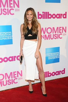 Chrissy Teigen Pencil Skirt - Chrissy Teigen amped up the sexiness with a slit-up-to-there skirt by Yigal Azrouel.