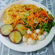 Do not waste time - Comida Saudavel Healthy Plate, Healthy Snacks, Healthy Eating, Healthy Recipes, Clean Eating, Plats Healthy, Gourmet Dinner Recipes, Aesthetic Food, Good Food